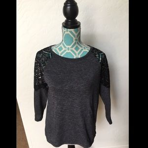 Old Navy long sleeve lace top